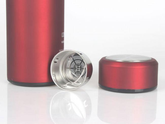 不锈钢保温杯泡茶与玻璃杯泡茶的区别