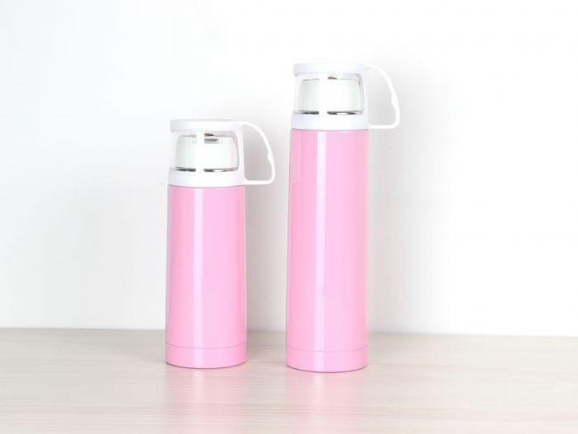 炎热夏季用真空保温杯装饮品冰凉一夏