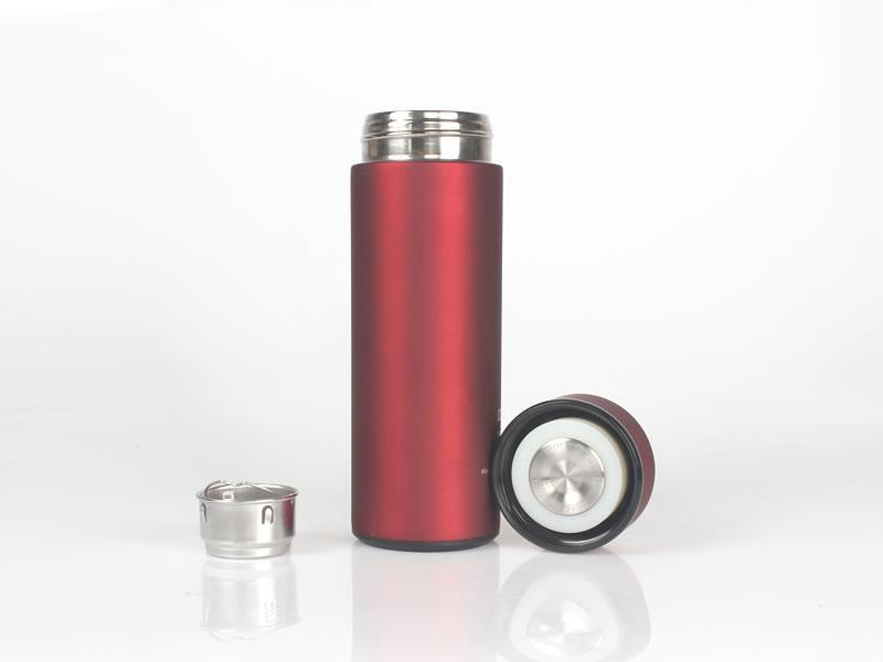 不锈钢保温杯品牌选择那个好?
